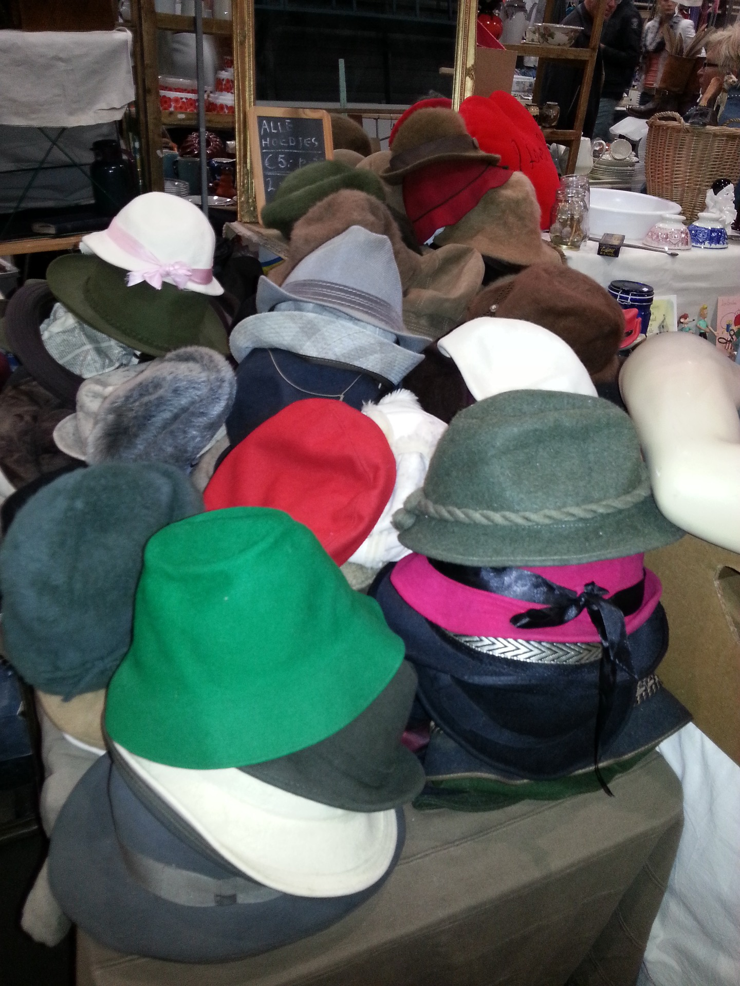 educational costumes market hats